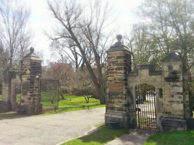 entrance gate, Union Cemetery, Steubenville, Ohio
