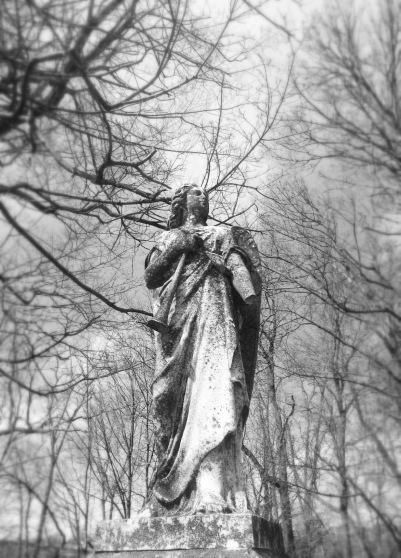 statuary, Union Cemetery, Steubenville, Ohio