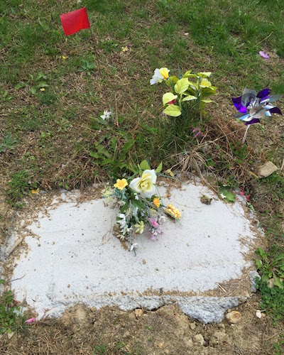 handmade grave with rough poured concrete, flowers, and spinner, Highwood Cemetery, Pittsburgh, PA