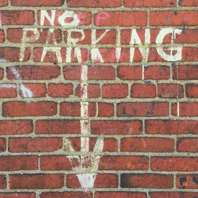 no-parking-arrow