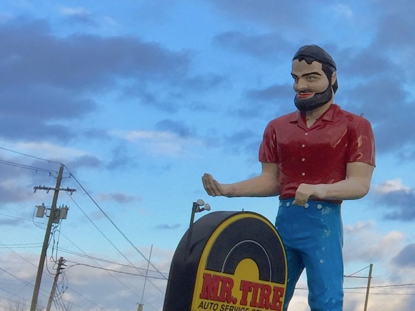 the muffler man of Mr. Tire, Uniontown, PA