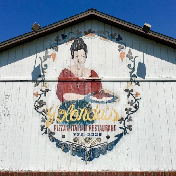 hand-painted sign for former Yolanda's Pizza & Italian Restaurant, Monaca, PA