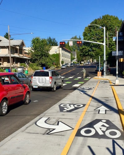 street crossings and integrated turn lanes for bicycle riders, Portland, OR