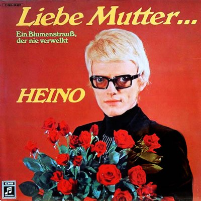 """album cover for Heino's """"Liebe Mutter..."""" with the artist holding red roses"""