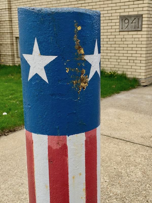 concrete pylon decorated like the American flag, Coraopolis, PA