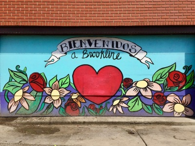 "garage door mural of heart and flowers with text ""Bienvenidos a Brookline"", Pittsburgh, PA"