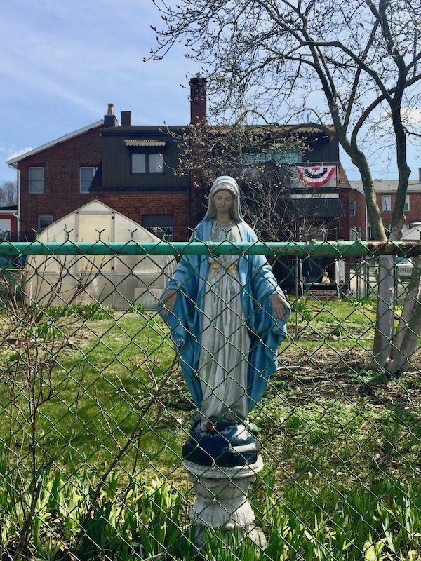 statue of Mary on pedestal in front yard, Ambridge, PA
