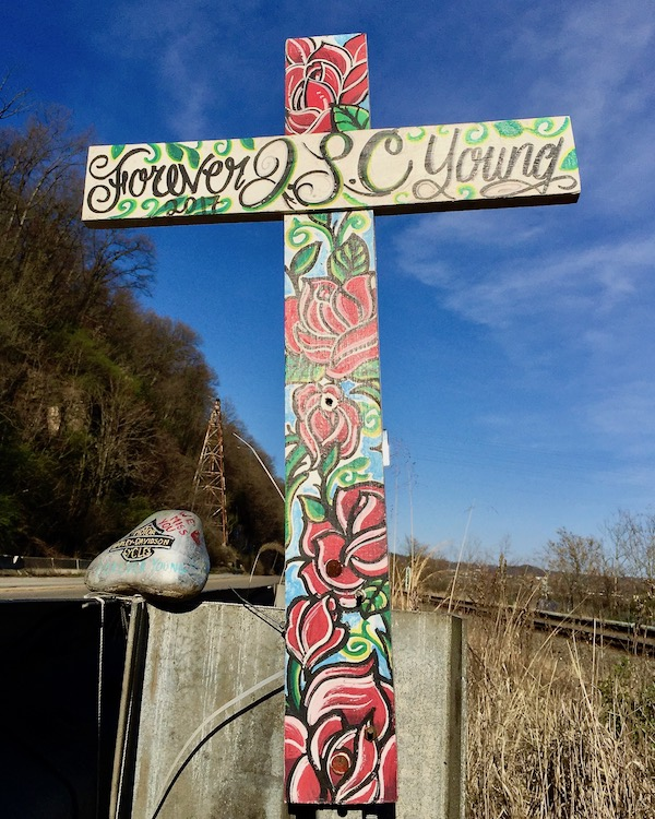 hand-painted roadside memorial cross, state route 837, PA