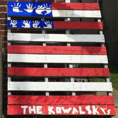 wooden shipping pallet painted like an American flag, Ambridge, PA