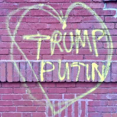 "graffiti heart with names ""Trump"" and ""Putin"" inside"