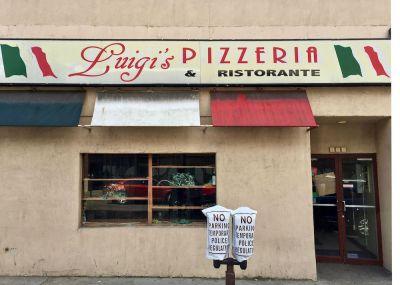 exterior of former Luigi's Pizzeria, Bellevue, PA