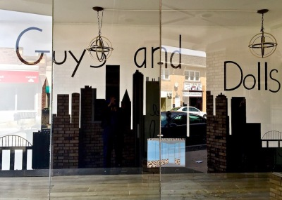 mural for Guys and Dolls hair salon featuring Pittsburgh skyline, Bellevue, PA