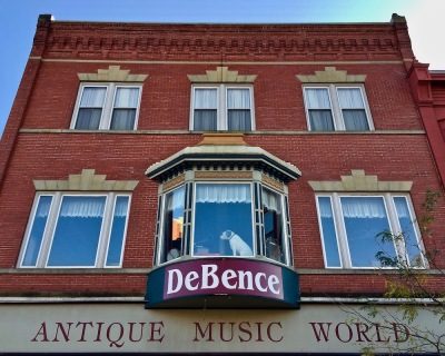 exterior of DeBence Antique Music World, Franklin, PA
