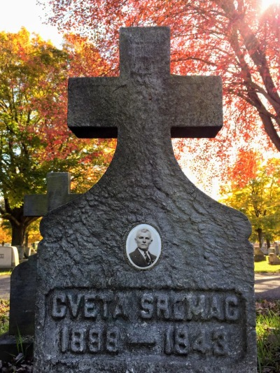 grave marker with inset ceramic portrait, Beaver Cemetery