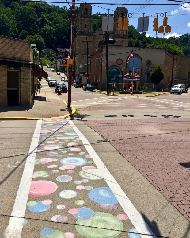 street crosswalk mural of bubbles